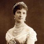 Busto della regina Margherita di Savoia
